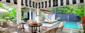 villa putih open air living room